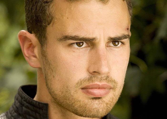 Biograf 237 A Del Actor Theo James Taquilla De Cine