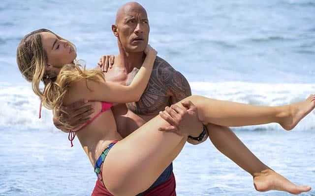 """""""Baywatch: Los vigilantes de la playa"""" se ahoga en la taquilla española"""